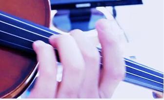 manos_instrumento